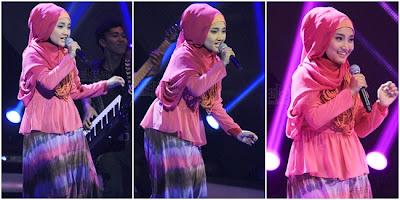 Gaya Berhijab Fatin Shidqia Diatas panggung