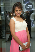 Tejaswi Glam photos-thumbnail-13