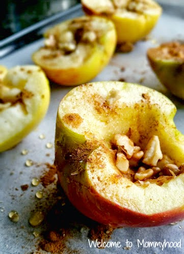 Healthy dessert recipes: baked cinnamon apples {Welcome to Mommyhood} #paleo, #healthydessertrecipes, #toddlerrecipes
