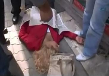 Asesina a su Esposa en Plena Calle