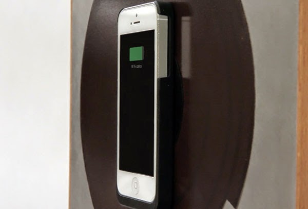 The Elegant Spira Magnetic iPhone Charger