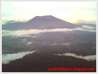 kabut-gunung-merapi
