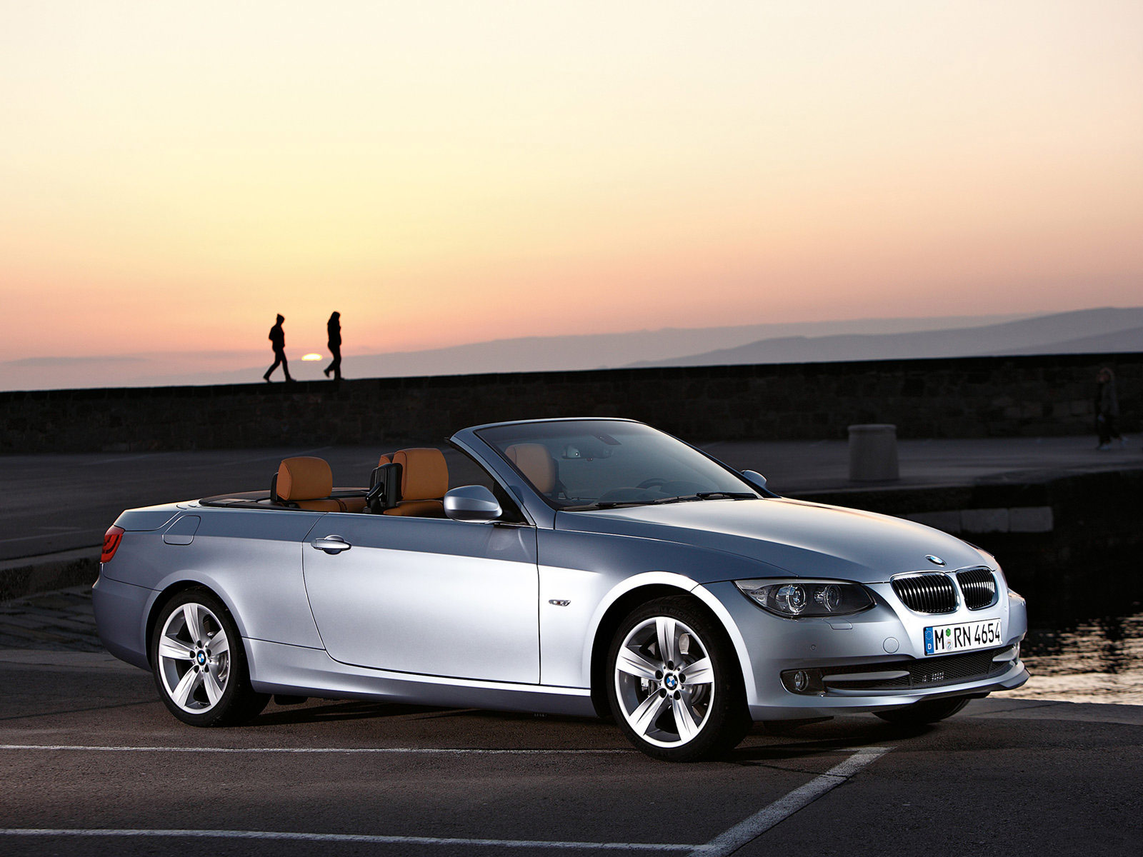 2011 bmw 3 series convertible car accident lawyers. Black Bedroom Furniture Sets. Home Design Ideas
