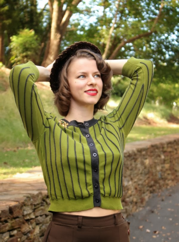 Breath in that Autumn Air! #vintage #autumn #fashion #fall #style