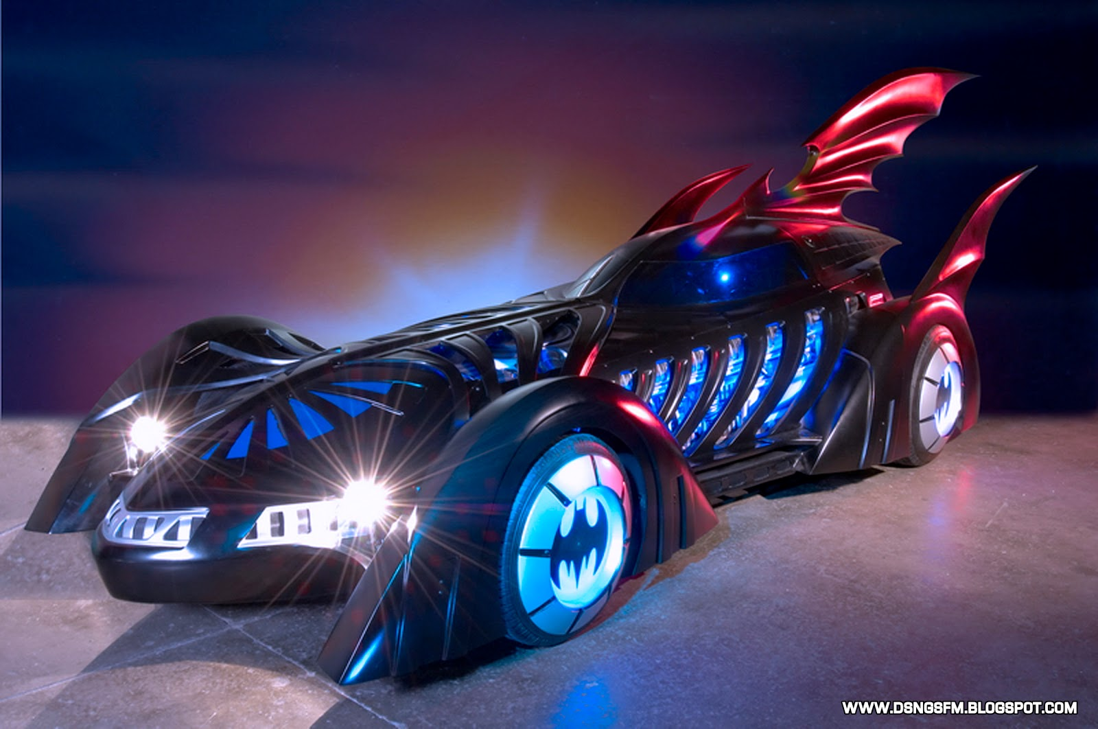 DSNGS SCI FI MEGAVERSE  REAL LIFE NISSAN BATMOBILE  PLUS OTHER