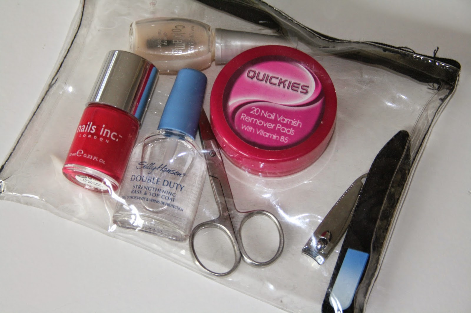 Travel-nail-kit