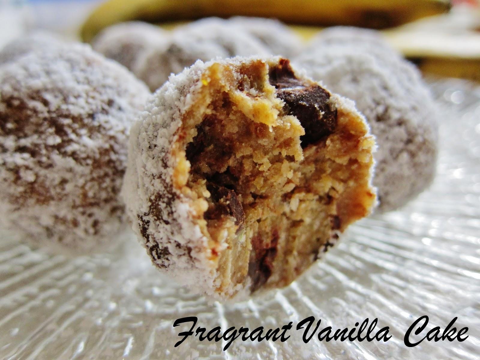 Fragrant Vanilla Cake: Raw Banana Chocolate Chunk Doughnut Holes