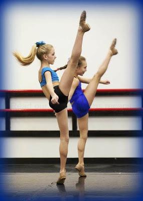 Dance Moms stars Chloe Lukasiak and Maddie Ziegler