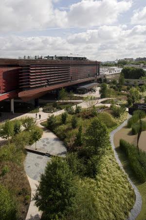 Dicas de paris o blog da paris em foco parques de paris for Jardin quai branly