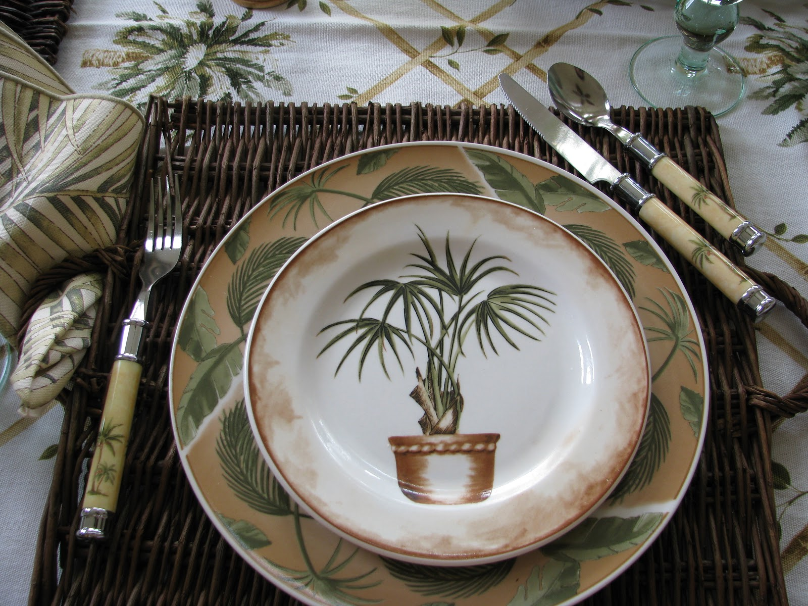 ~~~A Casual Dinner Setting!!!~~~ & Designs by Pinky: ~~~A Casual Dinner Setting!!!~~~