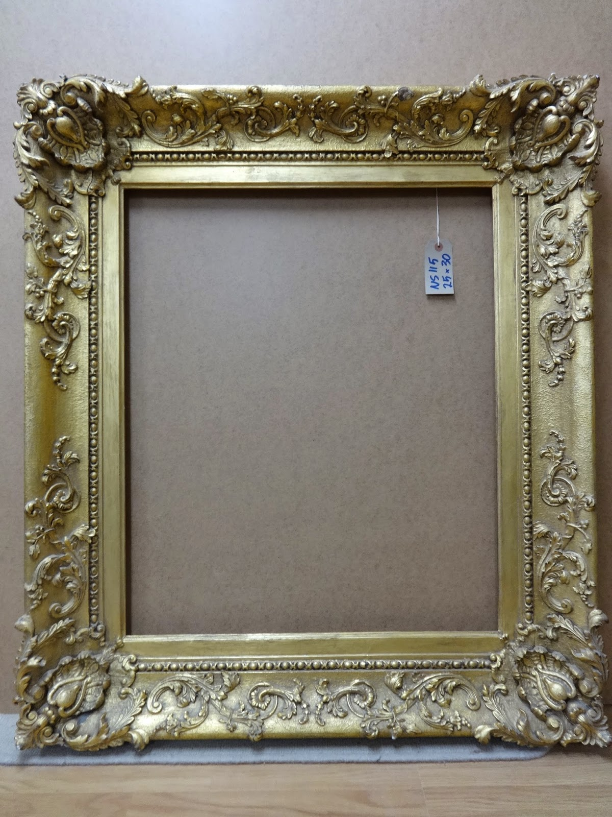 Antique Frame Sale: Victorian Portrait Frame 30\