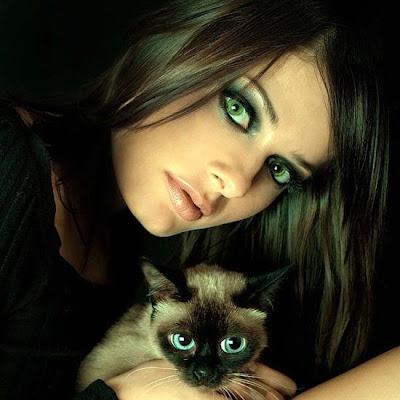 imagen mujer+siames+rostro+cara