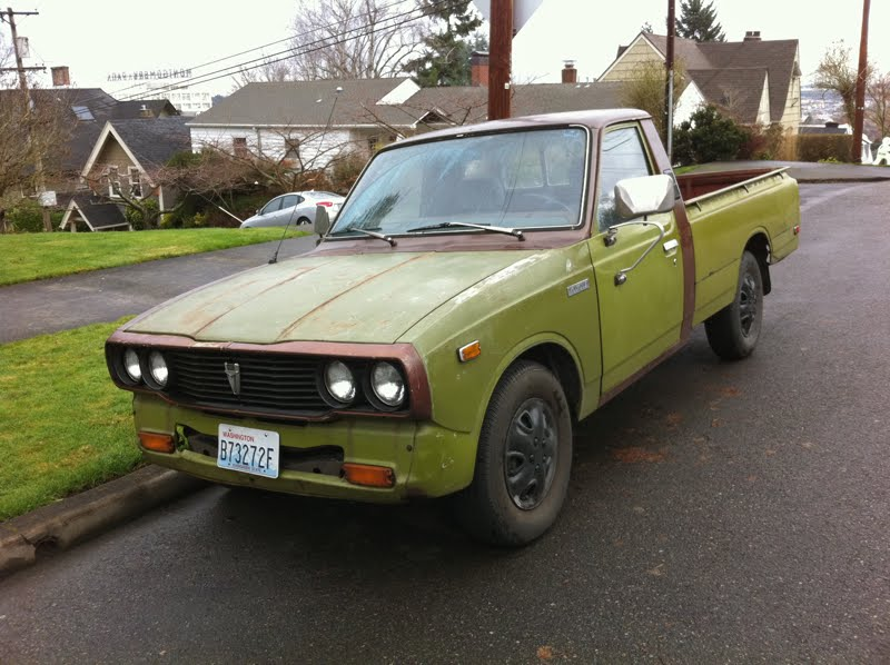 Old Parked Cars   1977 Toyota Hilux Long Bed