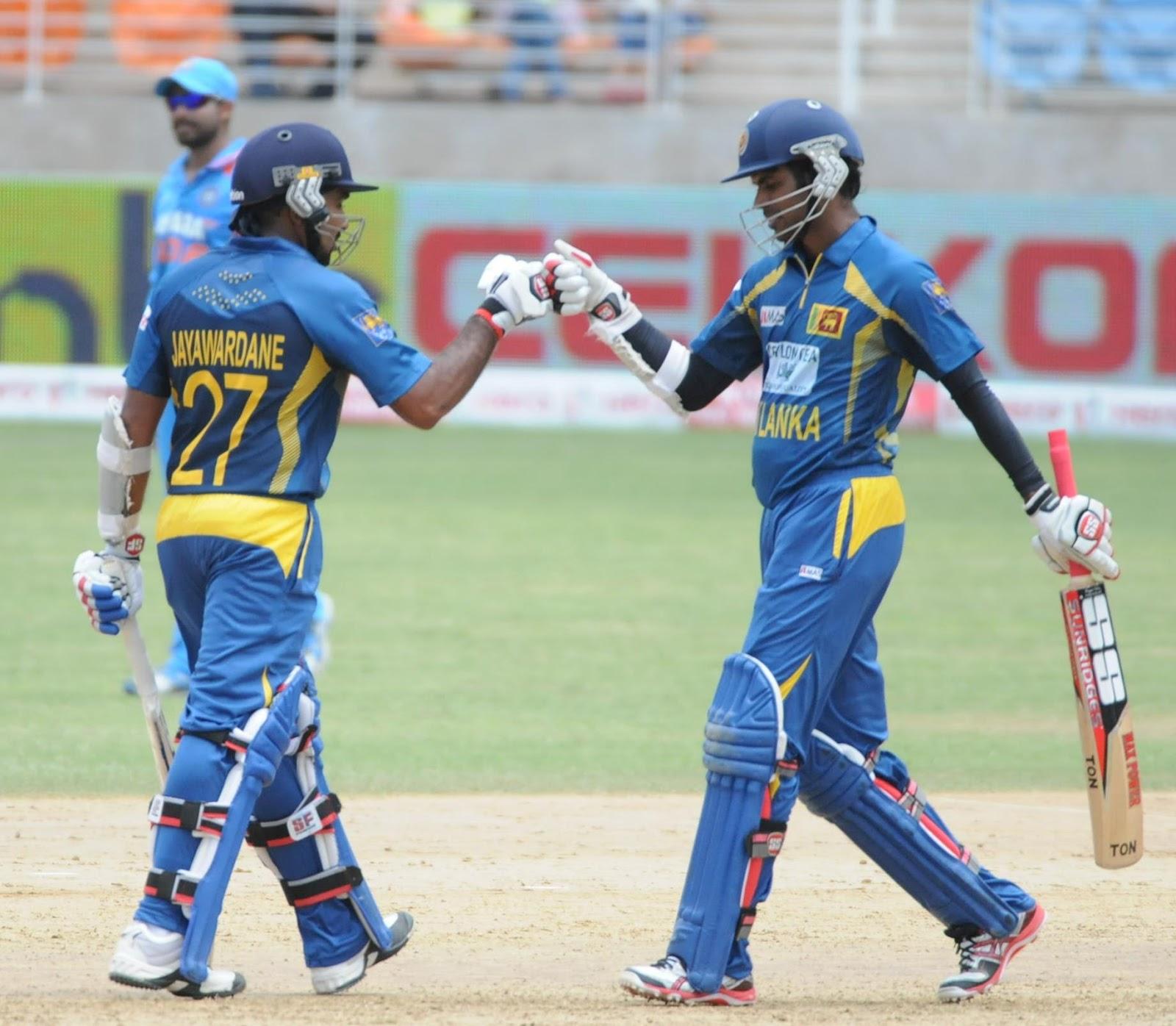 Upul-Tharanga-Mahela-Jayawardene-India-vs-Srilanka-Tri-Series-2013