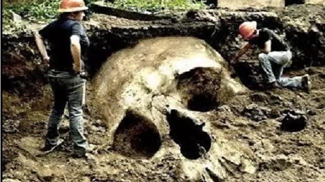 Γιγάντιος σκελετός ανακαλύφθηκε στην Βουλγαρία [Βίντεο]