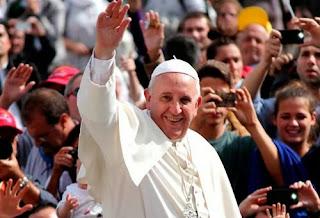 O Papa Francisco escreve a sua primeira exortação apostólica Evangelii Gaudium