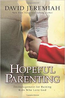 http://www.amazon.es/Hopeful-Parenting-Encouragement-Raising-Kids/dp/1434799891