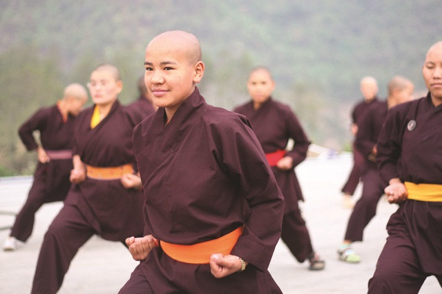 Kung Fu Nuns of ‪Ladakh‬ Dress up in Pyjamas and Yellow sashes..