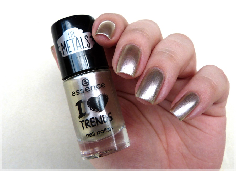 essence rock couture nail polish
