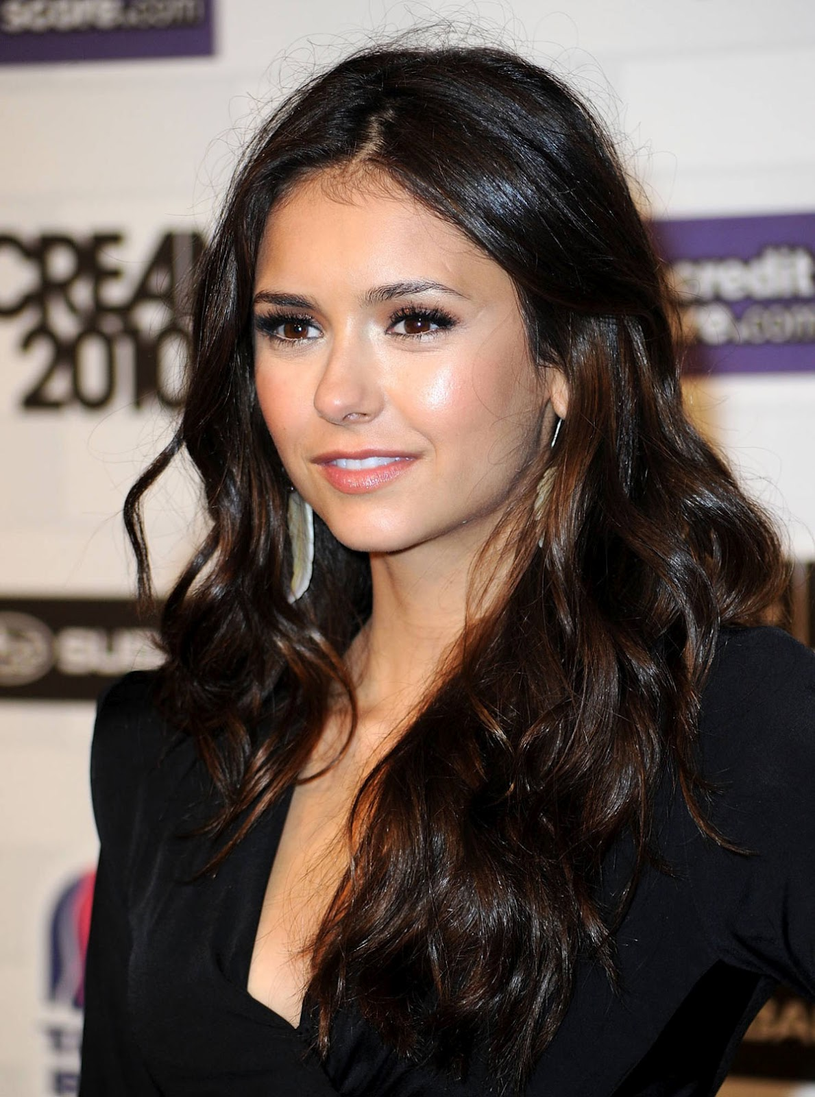 hairstyle of nina dobrev hair fashion 2012. Black Bedroom Furniture Sets. Home Design Ideas