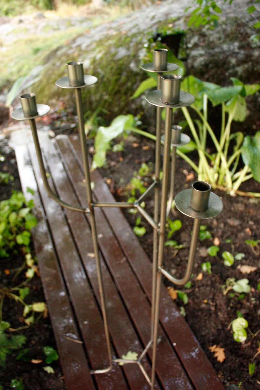 Josefins trädgård: loppisfynd och rabattkanter