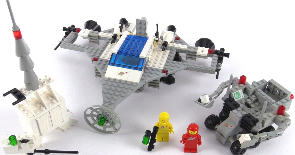 Lego classic space rare super model from 1983 set 1593 for Modele maison lego classic