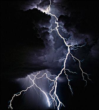 Super Slow Motion Lightning Strike. 1 second in 3 minutes