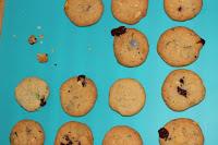 http://zahnfee-im-zuckerrausch.blogspot.de/2012/04/double-choc-cookies.html