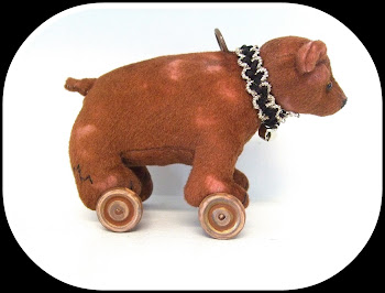 """Antique Style"" Bear on Wheels-Now Living in the Netherlands!"
