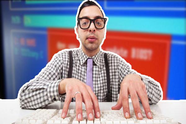 كيف تتعرف على اصدار البيوس الخاص بحاسوبك من سطح المكتب و دون اعادة تشغيل الحاسوب و تفحصه عند الاقلاع !