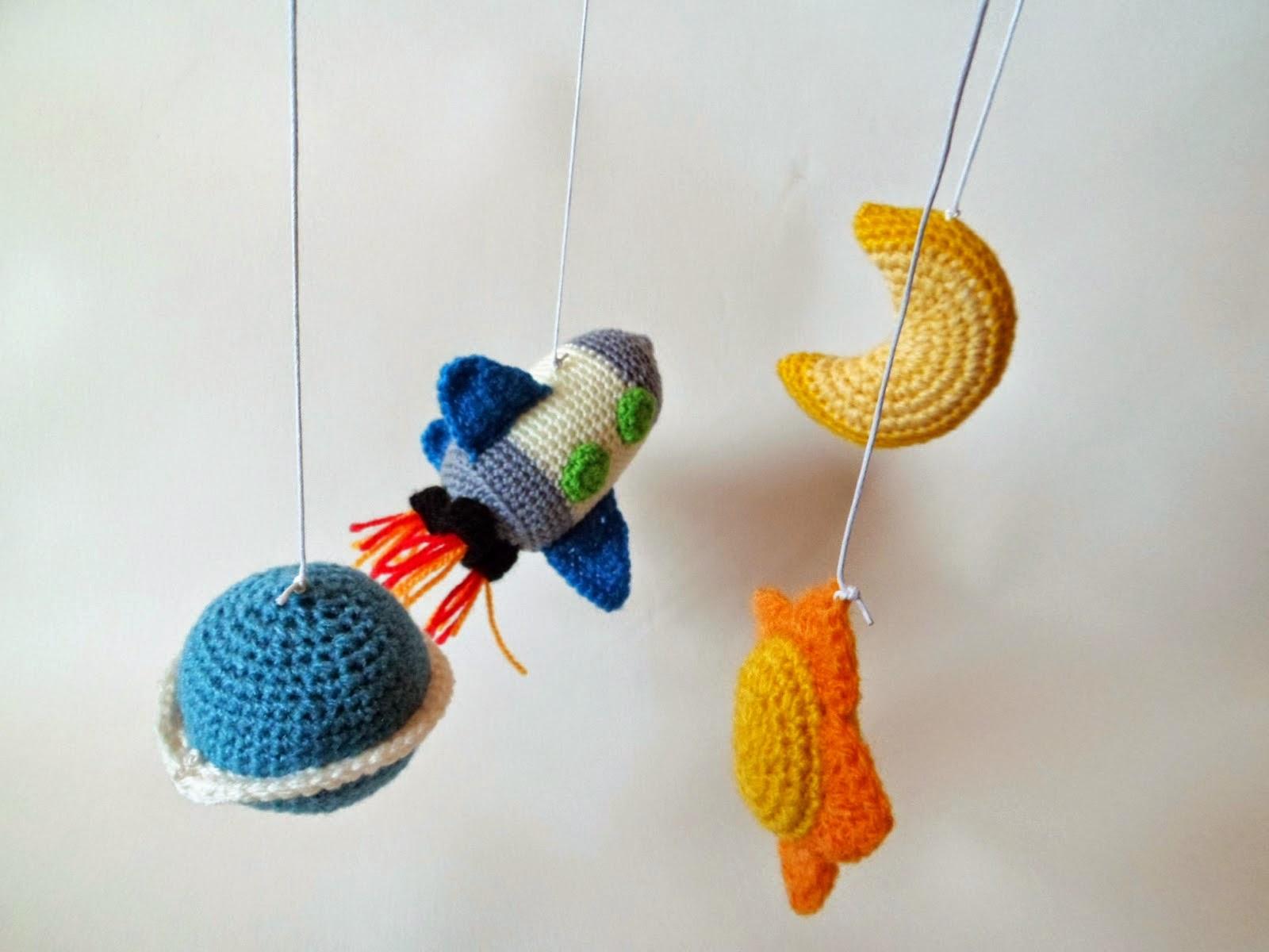 Bichus Amigurumis: Patron Luna Amigurumi - Movil para bebe en crochet