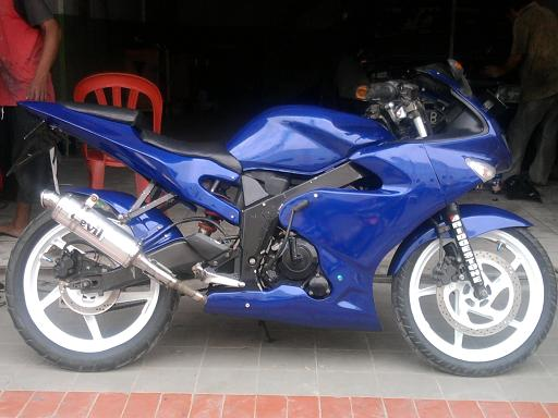 modifikasi honda CBR.JPG