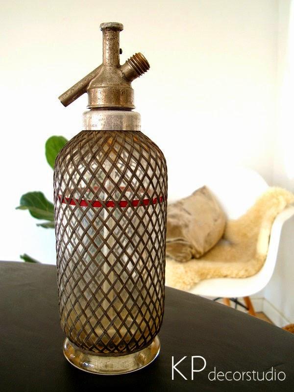 Comprar sifones antiguos para decorar. Botellas de cristal antiguas.