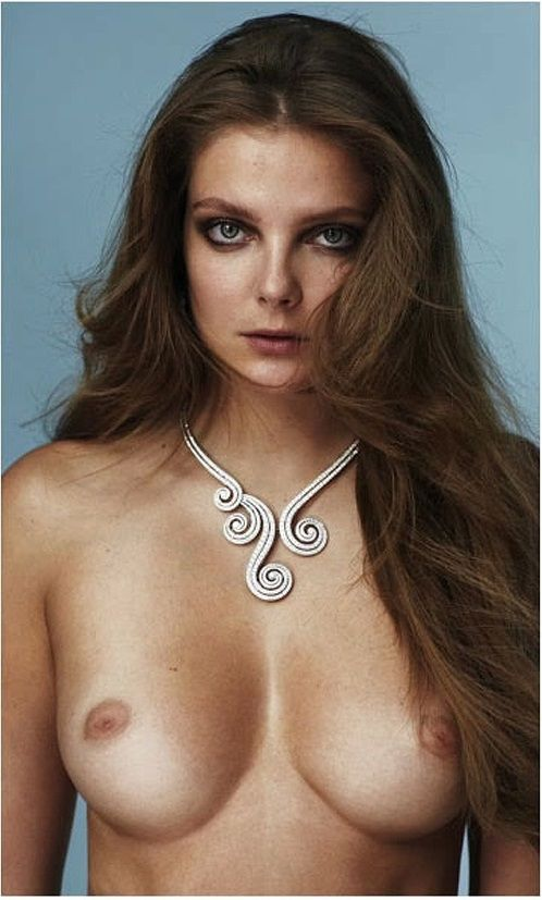 eniko mihalik modelo nua peitos bundas ensaios fotogrficos sensuais