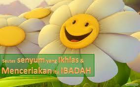 kepentingan senyuman, senyum setiap hari, sikap positif, keluarga tercinta, tips rumahtangga harmoni