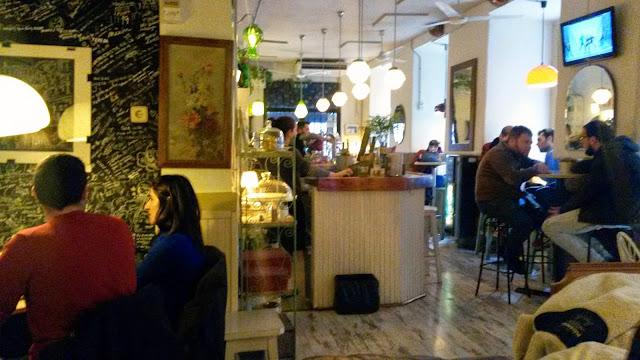 Interior, Café de la Luz.