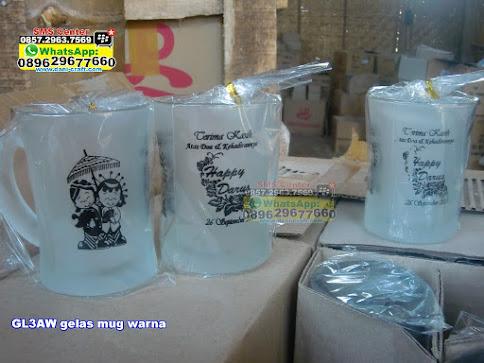 gelas mug warna unik