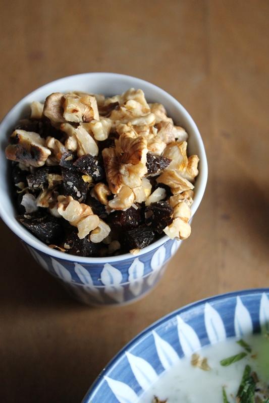 gourmandises v g tariennes persische joghurt gurken suppe. Black Bedroom Furniture Sets. Home Design Ideas