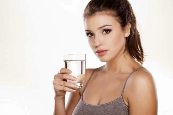 12-Kebaikan-Jika-Rutin-Minum-Air-Putih