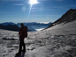 botas de montaña,crampones,piolet,rutas por el pirineo