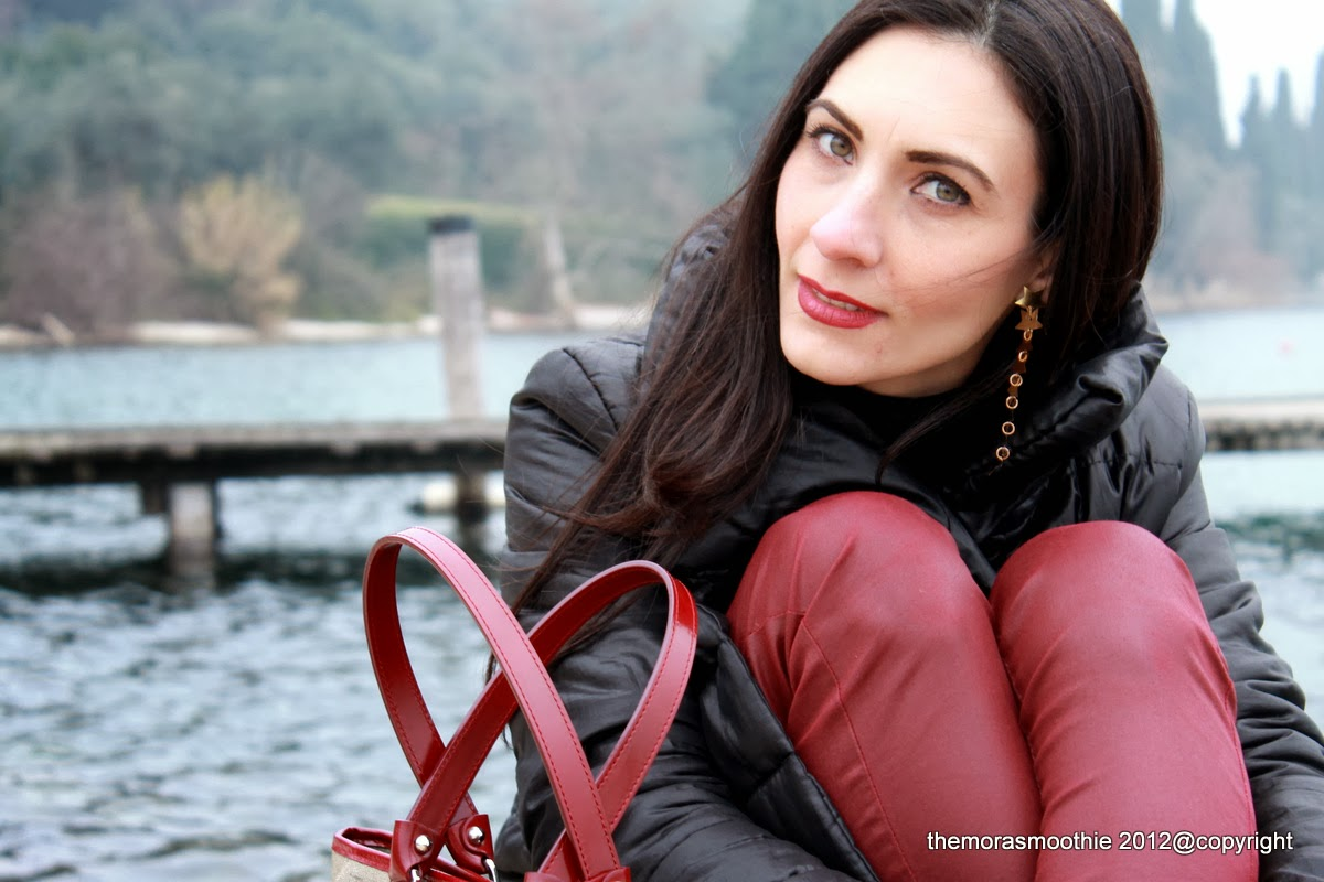 look, outfit, fashion, bag, prima classe, alviero martini, earrings, diy earrings