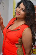 Jyothy sizzling at MOM launch event-thumbnail-2