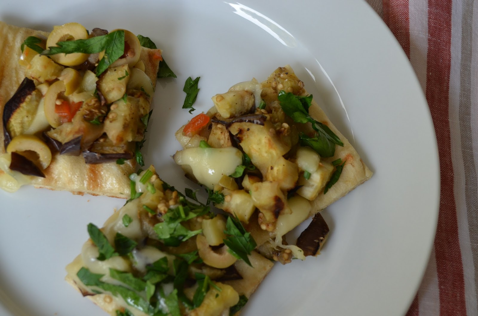 This grilled vegetarian pizza has a wonderful aroma and is a ...