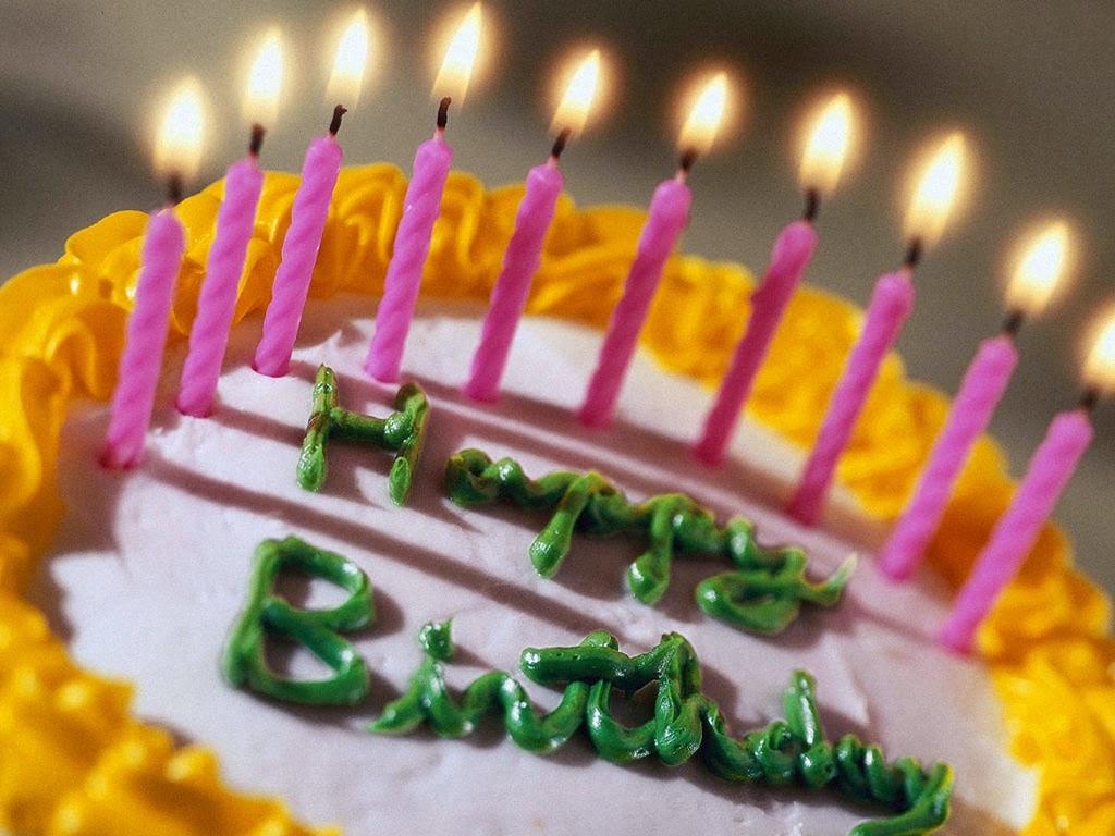hình nền bánh sinh nhật đẹp cho máy tính