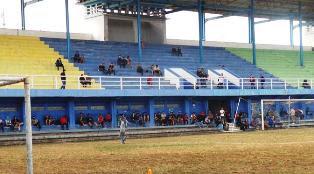 Ratusan Bobotoh Saksikan Latihan Perdana Persib Bandung