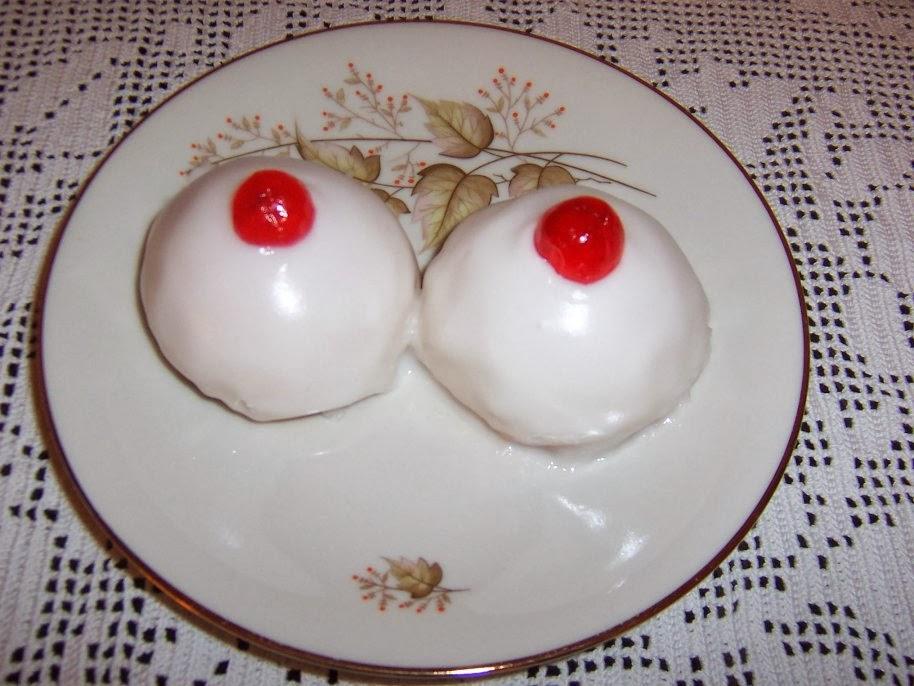 Risultati immagini per dolci a forma di tette
