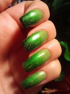 Manikir-slike-gradijent-nokti-015
