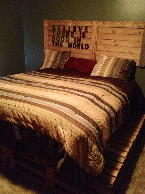 Wood Bed Frames Made Out of Pallets