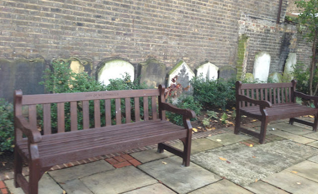 memorial benches and gravestones Marylebone by www.benches.co.uk
