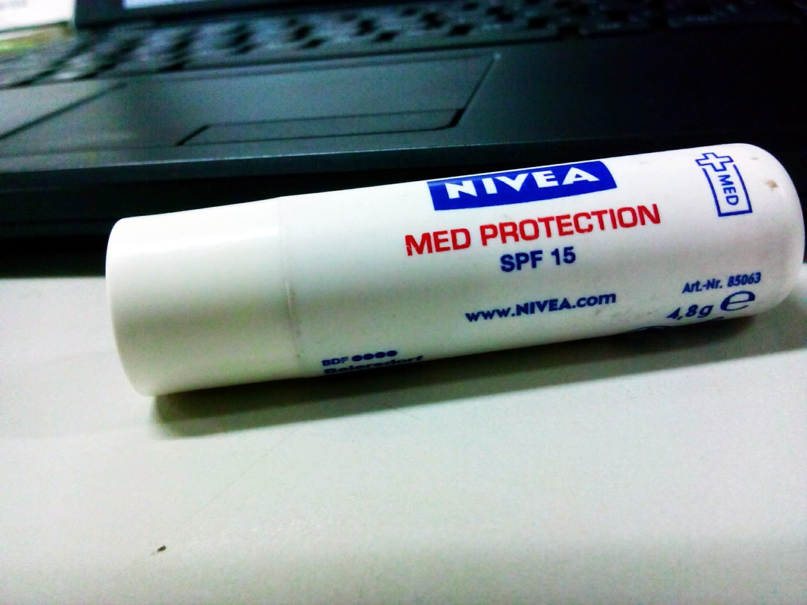 Lipbalm Nivea Med Protection 15 SPF